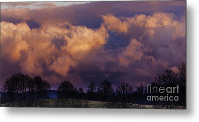 Sky Drama Metal Print by Thomas R Fletcher