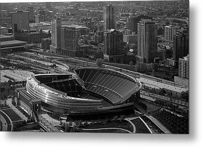 Soldier Field Chicago Sports 05 Black And White Metal Print by Thomas Woolworth