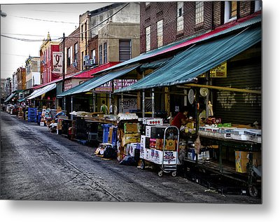 South Philly Italian Market Metal Print by Bill Cannon