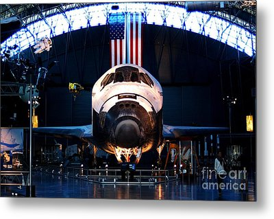 Space Shuttle Discovery Metal Print by Patti Whitten
