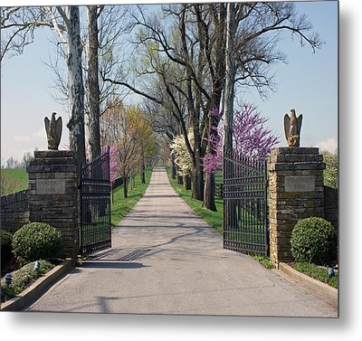 Spendthrift Farm Entrance Metal Print by Roger Potts