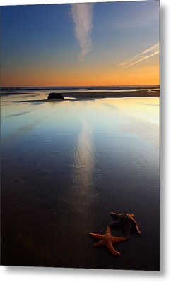 Starfish Sunset Metal Print by Mike  Dawson
