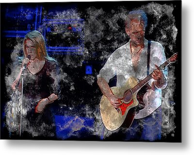 Stevie And Lindsey Metal Print by John Delong