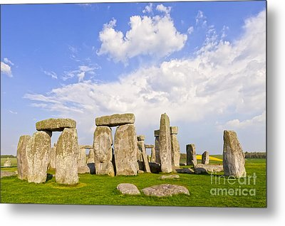 Stonehenge Stone Circle Wiltshire England Metal Print by Colin and Linda McKie