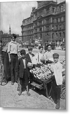 Street Banana Vendor Boys Metal Print by Underwood Archives