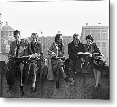 Students Study At Columbia Metal Print by Underwood Archives