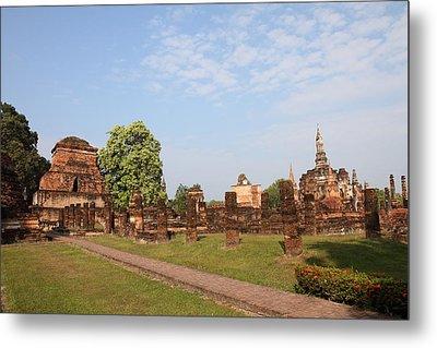 Sukhothai Historical Park - Sukhothai Thailand - 011344 Metal Print by DC Photographer