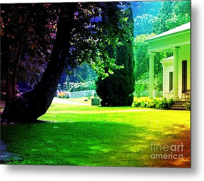 Summer House Metal Print by Michelle Stradford