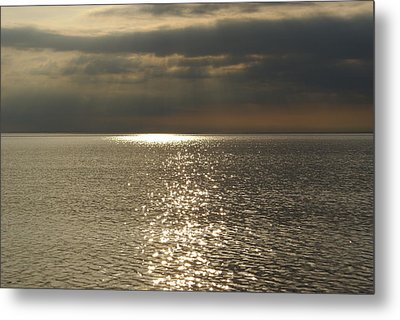 Sun Rays And Reflections In The Sea Metal Print by Gynt