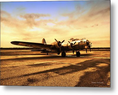 Sundown On The Parked B17 Bomber Metal Print by Thomas Woolworth