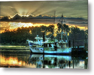 Sunrise At Billy's Metal Print by Michael Thomas