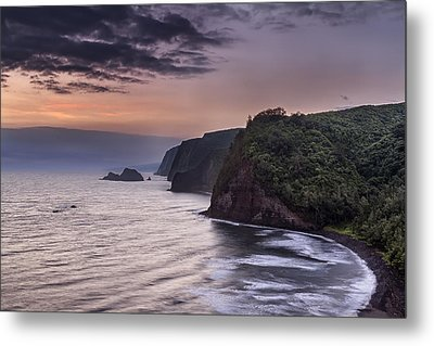 Sunrise Over Pololu Valley Metal Print by Eduard Moldoveanu