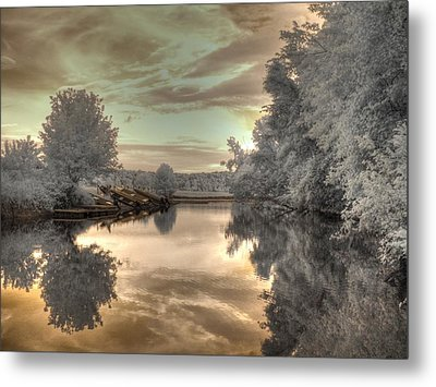 Sunset At The Boathouse Metal Print by Jane Linders