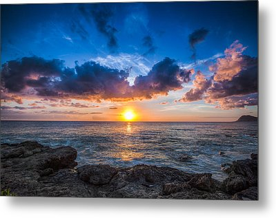 Sunset In Paradise Metal Print by Mike Lee