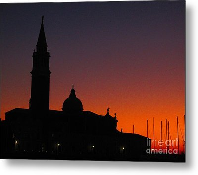 Sunset In Venice Metal Print by C Lythgo