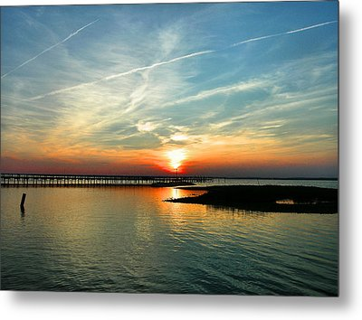 Sunset On Chincoteague Bay Metal Print by Steven Ainsworth