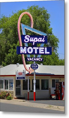 Supai Motel - Seligman Metal Print by Mike McGlothlen