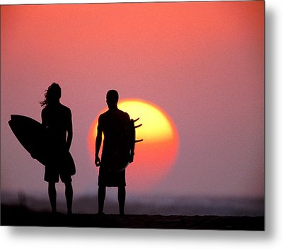Surfers Sunset Metal Print by Sean Davey