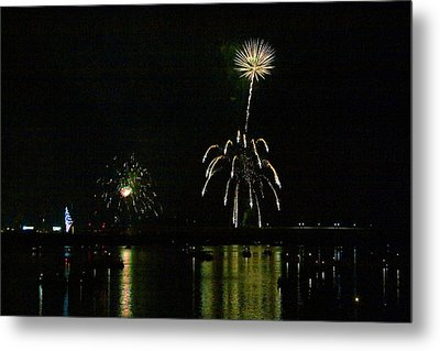 Susquehanna 4th Of July Spectacle Metal Print by Gene Walls