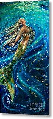 Swimming To The Surface Metal Print by Linda Olsen