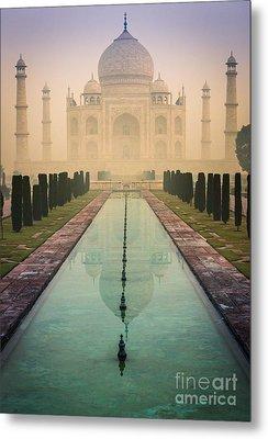 Taj Mahal Predawn Metal Print by Inge Johnsson