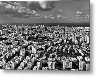 Tel Aviv Center Black And White Metal Print by Ron Shoshani