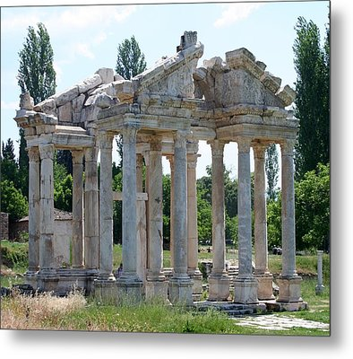 Tetrapylon The Arched Gate Of Aphrodisias Metal Print by Tracey Harrington-Simpson