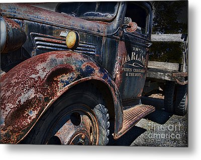 The Darlins Truck Metal Print by David Arment