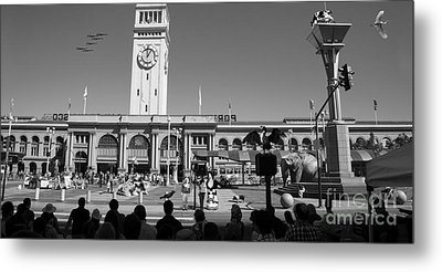The Day The Circus Came To Town Again Dsc1745 Long Bw Metal Print by Wingsdomain Art and Photography