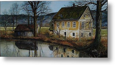 The Farm Metal Print by Suzanne Tynes