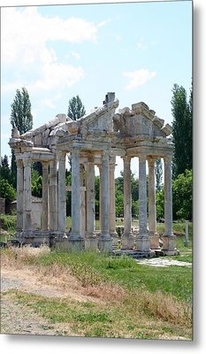 The Four Roman Columns Of The Ceremonial Gateway  Metal Print by Tracey Harrington-Simpson