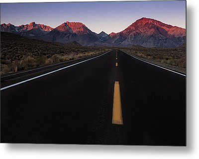 The Mountains Are Calling Metal Print by Andrew Soundarajan