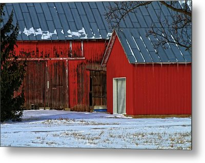The Old Red Barn In Winter Metal Print by Dan Sproul