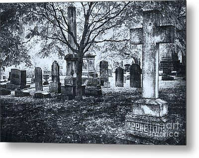 The Old Weathered Cross - Greensboro North Carolina II Metal Print by Dan Carmichael