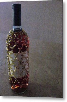 The Warm Glow Of A Chilled Wine Metal Print by Guy Ricketts