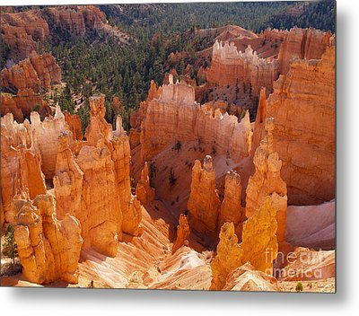 Thor's Hammer At Bryce Canyon In Utah Metal Print by Alex Cassels