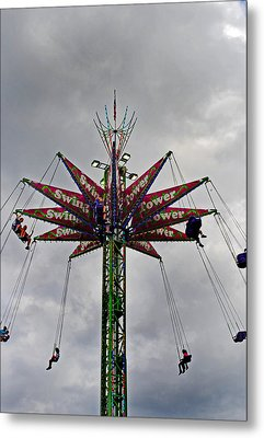Thrill Tower Metal Print by Skip Willits