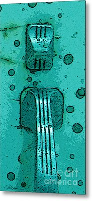 Thumb Slide For A Painter In Teal Metal Print by Cathy Peterson