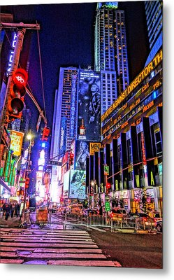 Times Square Metal Print by Dan Sproul