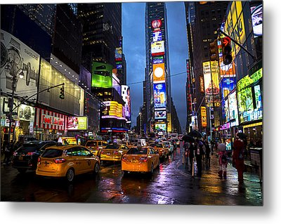 Times Square In The Rain Metal Print by Garry Gay