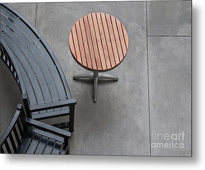 To Sit And To Set Metal Print by Dan Holm