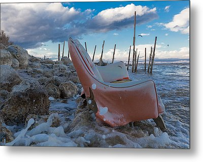 Toes In The Surf Metal Print by Scott Campbell