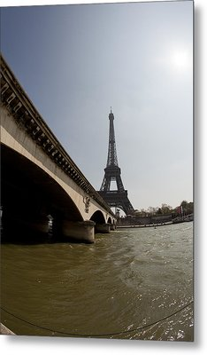 Tour Eiffel 1 Metal Print by Art Ferrier