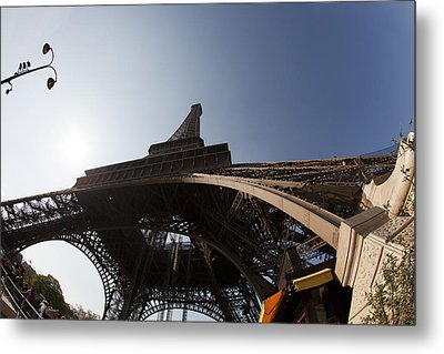 Tour Eiffel 5 Metal Print by Art Ferrier
