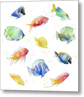 Tropical Fish Round Metal Print by Lanie Loreth
