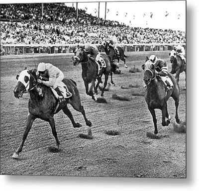 Tropical Park Horse Race Metal Print by Underwood Archives