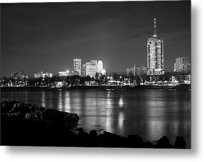 Tulsa In Black And White - University Tower View Metal Print by Gregory Ballos