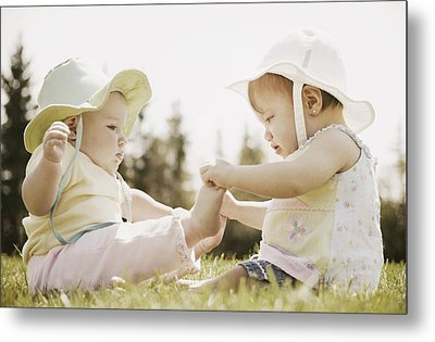 Two Girls Sit Together Metal Print by Don Hammond