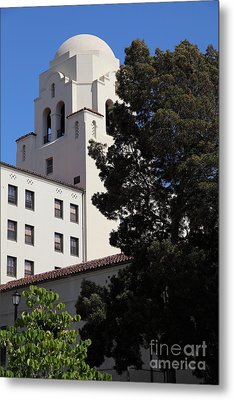Uc Berkeley International House College Dormatory 5d24741 Metal Print by Wingsdomain Art and Photography