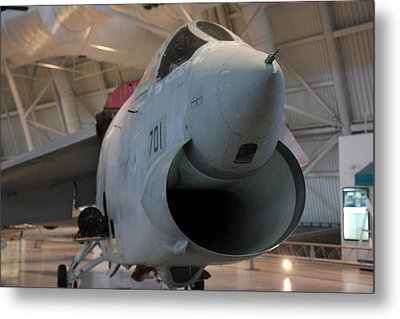 Udvar-hazy Center - Smithsonian National Air And Space Museum Annex - 121241 Metal Print by DC Photographer